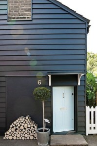Incredible Homes Decorating Ideas With Black Exteriors40
