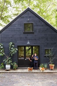 Incredible Homes Decorating Ideas With Black Exteriors47