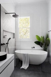 Minimalist Bathroom Bathtub Remodel Ideas04