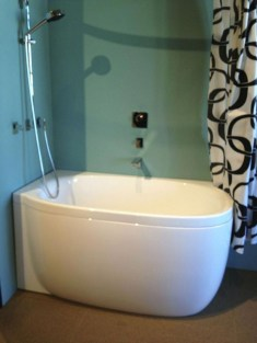 Minimalist Bathroom Bathtub Remodel Ideas23