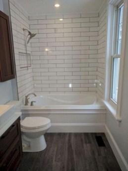 Minimalist Bathroom Bathtub Remodel Ideas35