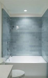 Minimalist Bathroom Bathtub Remodel Ideas37