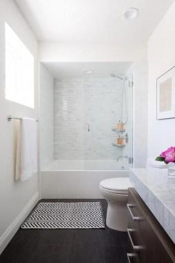 Minimalist Bathroom Bathtub Remodel Ideas45