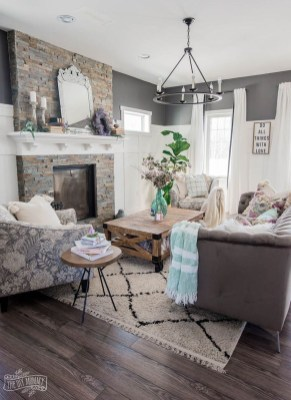 Perfect French Country Living Room Design Ideas24