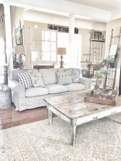 Perfect French Country Living Room Design Ideas37