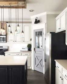 Pretty Farmhouse Kitchen Makeover Design Ideas On A Budget36