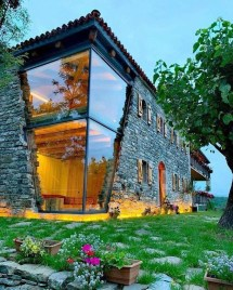 Pretty Stone House Design Ideas On A Budget31