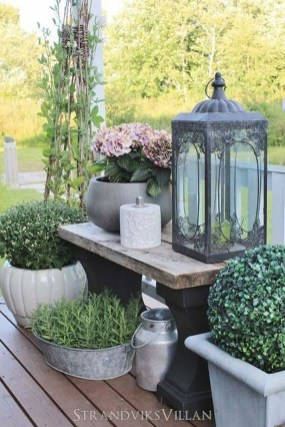 Rustic Front Yard Landscaping Ideas33