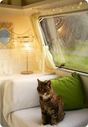 Shabby Chic Trailer Makeover Renovation Ideas22