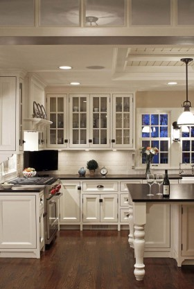 Stylish Farmhouse Kitchen Cabinet Design Ideas07