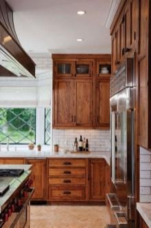 Stylish Farmhouse Kitchen Cabinet Design Ideas13