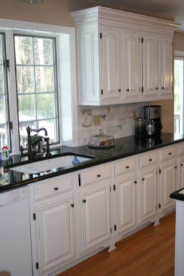 Stylish Farmhouse Kitchen Cabinet Design Ideas15