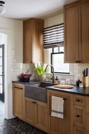 Stylish Farmhouse Kitchen Cabinet Design Ideas25