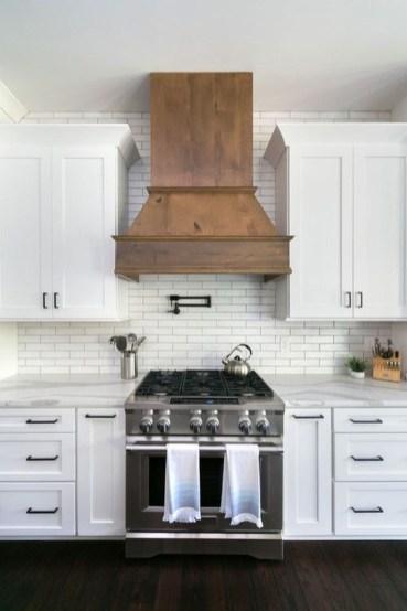 Stylish Farmhouse Kitchen Cabinet Design Ideas28
