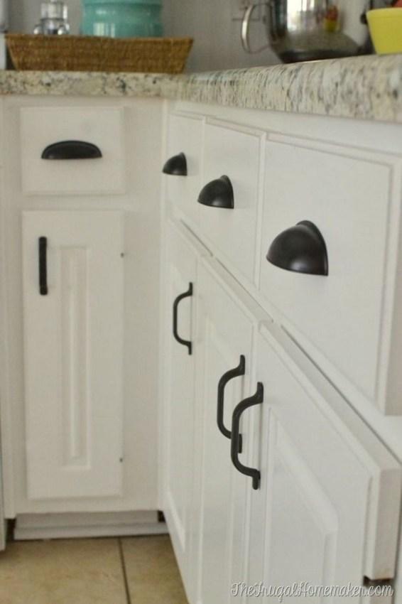 Stylish Farmhouse Kitchen Cabinet Design Ideas37