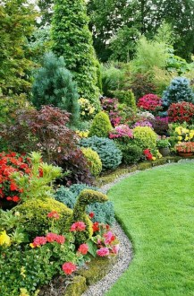 Astonishing Backyard Landscaping Ideas With Flower To Try17