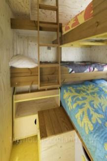 Astonishing Tiny House Design Ideas With Fabulous Storage03