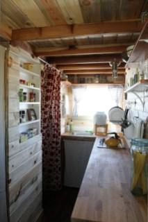 Astonishing Tiny House Design Ideas With Fabulous Storage11