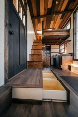 Astonishing Tiny House Design Ideas With Fabulous Storage27
