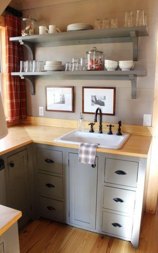 Astonishing Tiny House Design Ideas With Fabulous Storage43