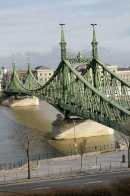 Extraordinary Bridges You Must Cross01