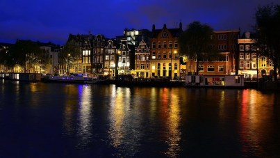 Extravagant European Metropolises That Must Be Seen At Night06