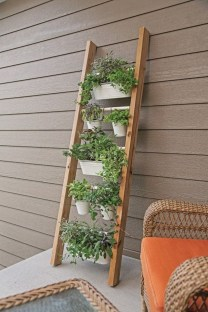 Fantastic Outdoor Vertical Garden Ideas For Small Space40