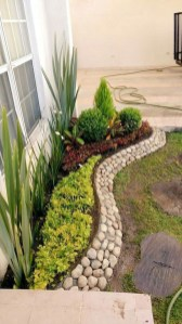 Fascinating Side Yard And Backyard Gravel Garden Design Ideas That Looks Cool05