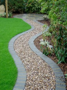 Fascinating Side Yard And Backyard Gravel Garden Design Ideas That Looks Cool19