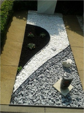 Fascinating Side Yard And Backyard Gravel Garden Design Ideas That Looks Cool36