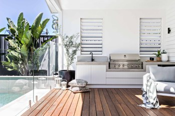 Inexpensive Renovation Tips Ideas For Outdoor Kitchen16
