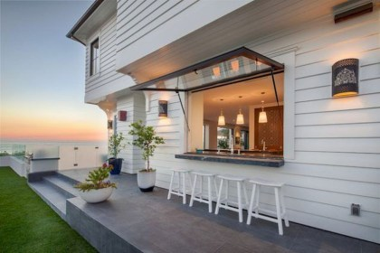Inexpensive Renovation Tips Ideas For Outdoor Kitchen32