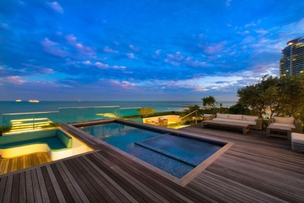 Most Amazing Rooftop Pools That You Must Jump In At Least Once26