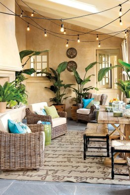 Outstanding Patio Yard Furniture Ideas For Fall To Try08