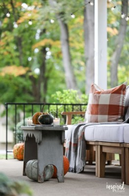 Outstanding Patio Yard Furniture Ideas For Fall To Try15
