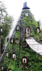Strange Hotels That Will Make You Raise An Eyebrow07