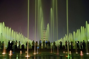 Top Most Awesome Fountains Around The World15