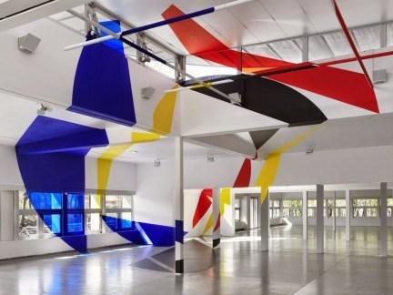 Unbelievable Public Architectural Optical Illusions07