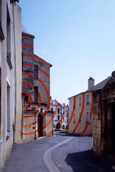 Unbelievable Public Architectural Optical Illusions18