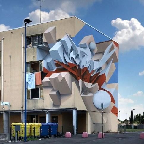 Unbelievable Public Architectural Optical Illusions23