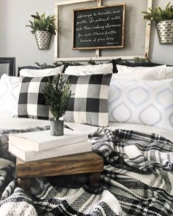 Cozy Rustic Bedroom Interior Designs For This Winter04