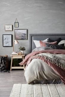 Cozy Rustic Bedroom Interior Designs For This Winter14