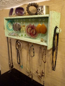 Creative Ways To Repurpose Reuse Old Stuff11
