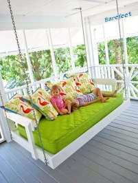 Inspirational Ways How To Repurpose Old Babys Cribs21