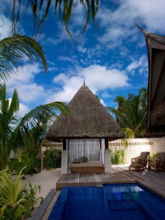 Jumeirah Vittaveli Resort Piece Of Heaven In Maldives01