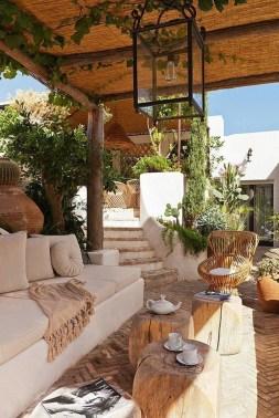 Luxury And Classy Mediterranean Patio Designs17