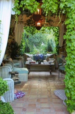 Luxury And Classy Mediterranean Patio Designs35