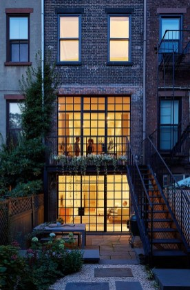 Nyc Townhouse Renovation Defies Convention With Drama And Simplicity09