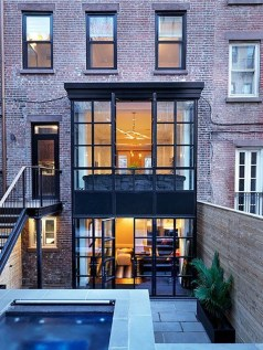 Nyc Townhouse Renovation Defies Convention With Drama And Simplicity20