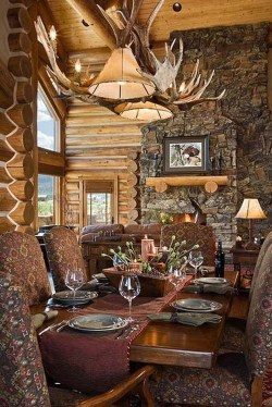 Warm Cozy Rustic Dining Room Designs For Your Cabin08